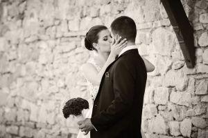 Класическа черно-бяла сватбена сни