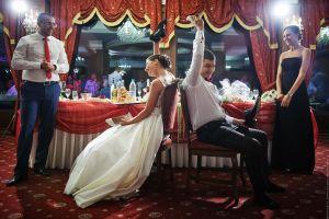 Сватбено парти в ресторанта
