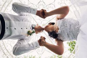 Необичаен ъгъл за сватеба снимка
