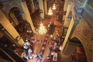 Интериора на църквата в Ямбол