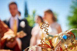 Църковен брак на открито - товамай